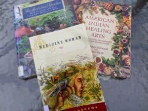 Linnas Endrjūsas pirmā grāmata Medicine Woman, kā arī dažas citas,kas palīdzēja iedraudzēties un vairāk izprast Mātes Zemes otras puses -Amerikas kontinenta -dabu, cilvēkus un dzīvi.