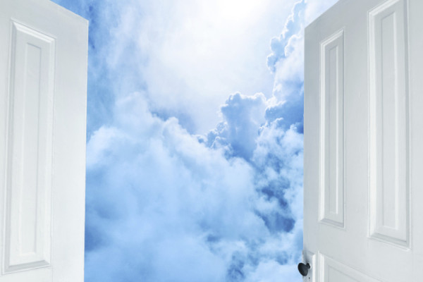 Durvis ir vaļā!