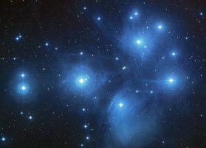 Plejādiešu zvaigžņu grupa. Pixabay.